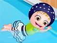 Baby Hazels Schwimm- stunde
